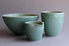 GREEN bowl beaker pourer